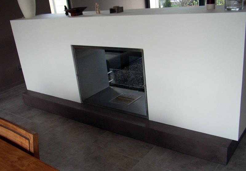 Chemin e en b ton romain serve for Meuble en beton